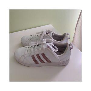 Adidas Women's Tennis Shoes Size 6